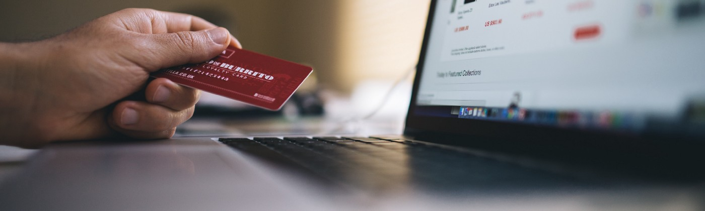Online shopping Photo by Negative Space from Pexels
