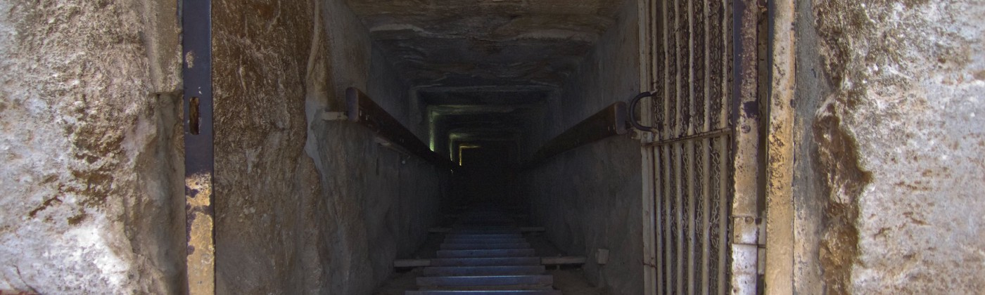 Picture of catacombs that close in.