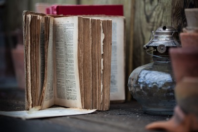 Why a Switch From Self-Help Books to Memoirs Is Worth Considering
