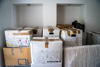 42 Moving Tips—Moving Locally or Internationally