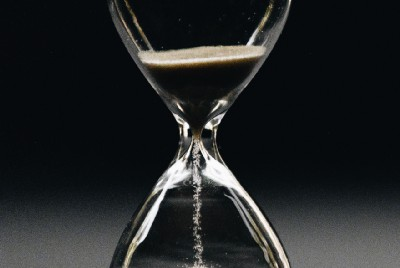 How Long To Wait? When A Story Is Time Sensitive!