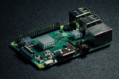 How to install a fan onto a Raspberry Pi and make it run dynamically
