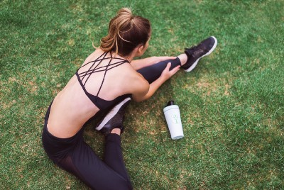 5 Stretches to Do First Thing in the Morning