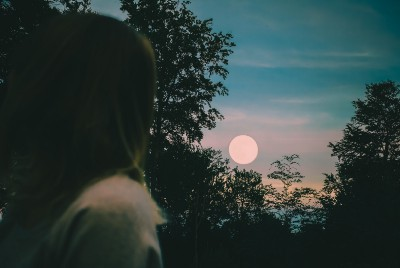 How the Moon affects your thoughts and moods