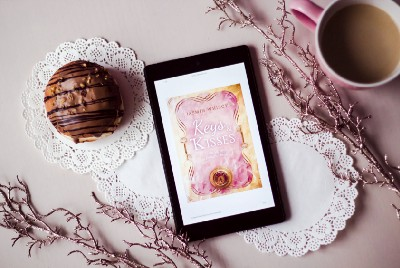 How to display your book cover as your Kindle Lock Screen?