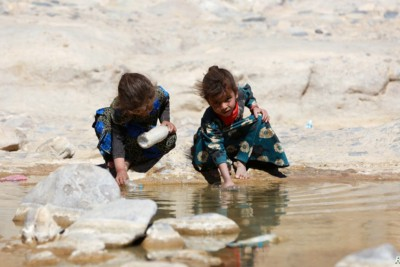 Thousands of Uprooted Yemenis Living in Deplorable Conditions