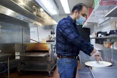Navtej Singh: From India to Reno, with Pizza as his latest Bridge