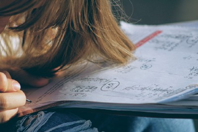 What Does It Feel Like to be a Math Student in College?