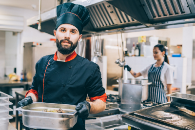 The Pros and Cons Of Working In A Restaurant
