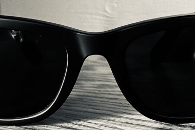 The 'glaringly' apparent use case for the Ray-ban + Facebook smart glasses
