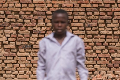 Invisible children, life without a birth certificate in Chad
