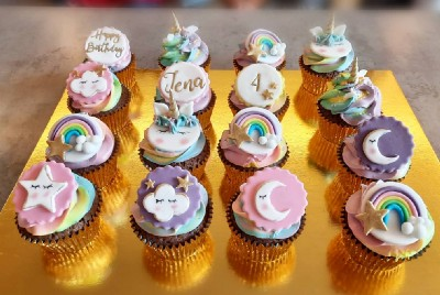 Cupcakes & fairy tales collab on Foodie