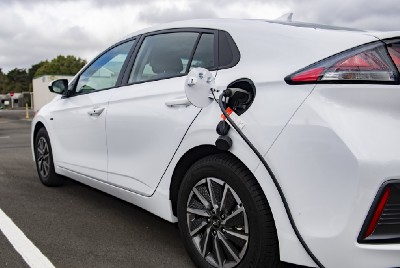 NZ Defence Force plugs into electric vehicles