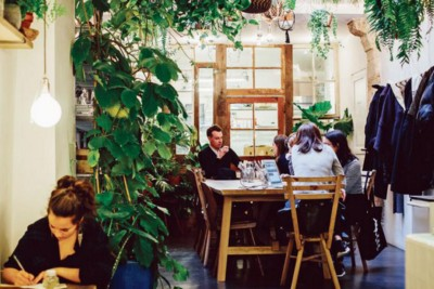 5 Tips To Make Your Restaurant Business Stand Out Thanks To Social Media