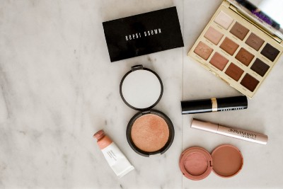 WYOM: Wear Your Own Makeup