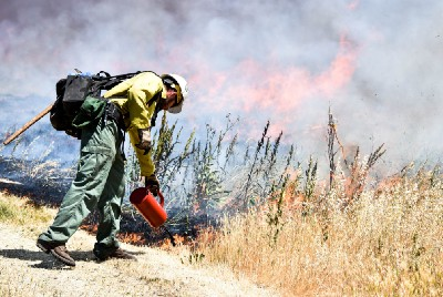 Fire as medicine with BLM's Folsom Lake Veteran Hand Crew