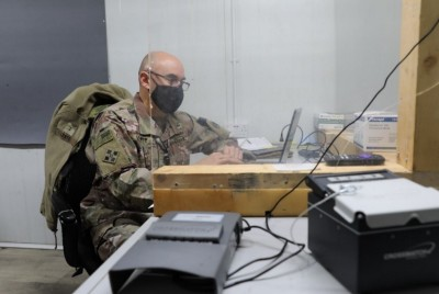 310th ESC Soldiers use biometrics to vet truck drivers sustaining Syrian ops