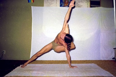 The Incredible (and Exhausting) Daily Routine of Ashtanga Yoga Legend David Williams