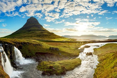 Iceland. What's good with it?