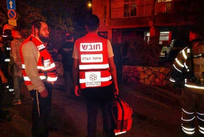 Quick Acting First Responders Prevent Injuries After Car Fire Erupts In Holon Near Residential…