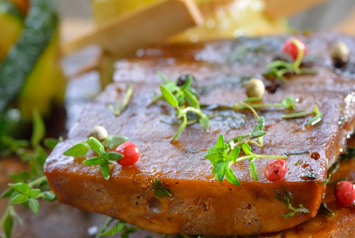 How is the global meat substitutes market growing despite meat sales skyrocketing?