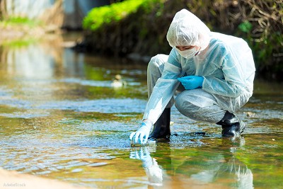The Mysterious Deaths of a Young Family on California Trail Near Toxic Algal Blooms   Who Has the…