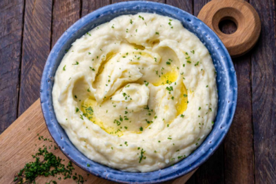 What is the best main course to pair with mashed potatoes?