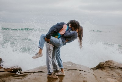 8 Signs Your Partner's Attachment Style is Disorganised
