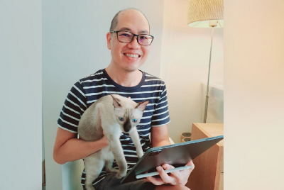 Digital Art Therapy with Ivan Chew, Library Volunteer