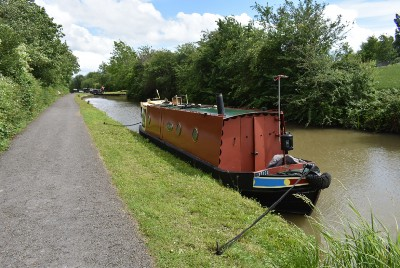 """Cruising """"the Cut,"""" the UK Canals"""