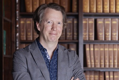 Sean Carroll on Academia, Podcasting and Communicating Science