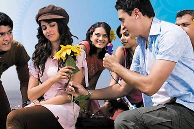 Jaane tu ya jaane na is a story about a group of friends, graduating from college but failing…