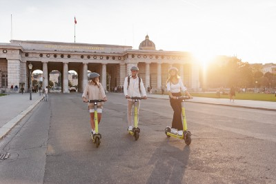 Swapping e-scooters for cars: Superpedestrian riders logged 210,000km during European Mobility Week