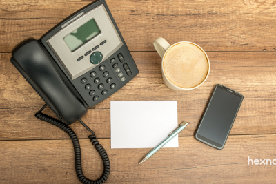 Softphones vs. Deskphones—Which one's better for your Enterprise and why?