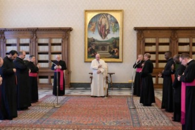 Pope at Audience: Vocal Prayer is a Sure Way to Speak With God