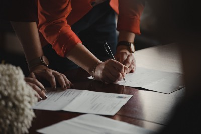 5 Things You Need to Check Before Signing a Contract