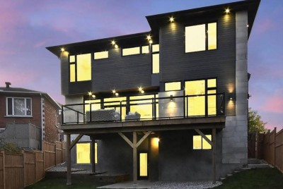 "High Tech Luxury Ottawa Home Gives Buyers A Peek Into The Future — ""This home isn't just Smart —…"