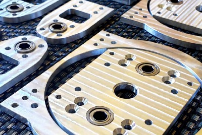 High School Robotics Team Levels Up Their Bots with CNC-Milled Aluminum Parts