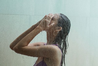 Are 'Shower Thoughts' a Product of the Smartphone?