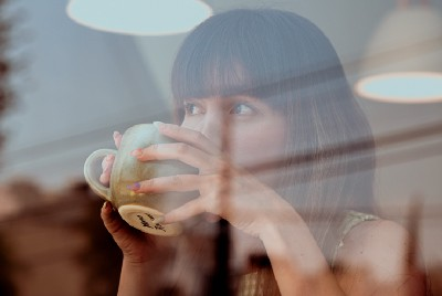 12 Annoying Things That at Ruin Coffee Shops