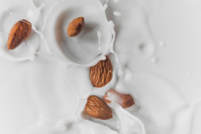 The Truth About Non-Dairy Milk