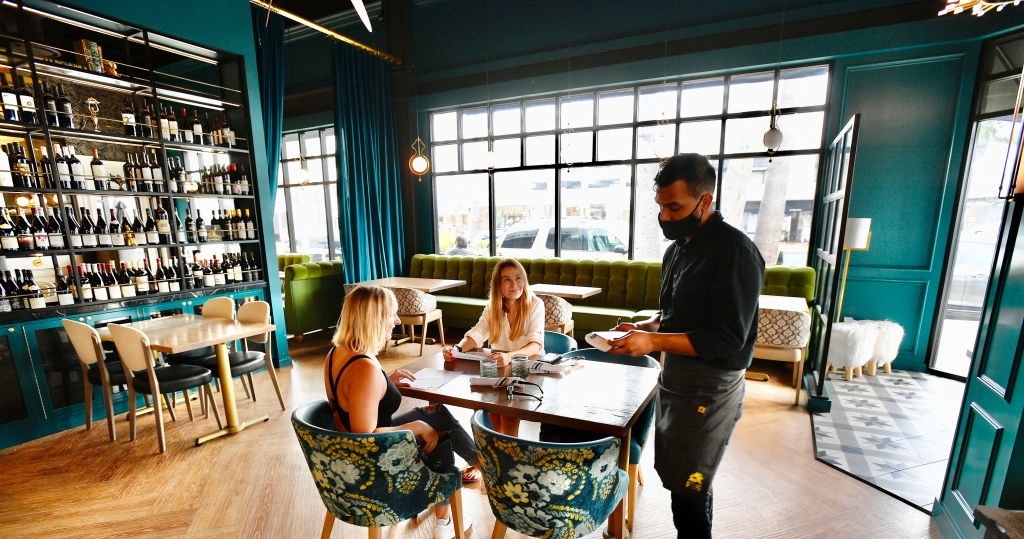 Read This Before You Even Consider Dining Indoors