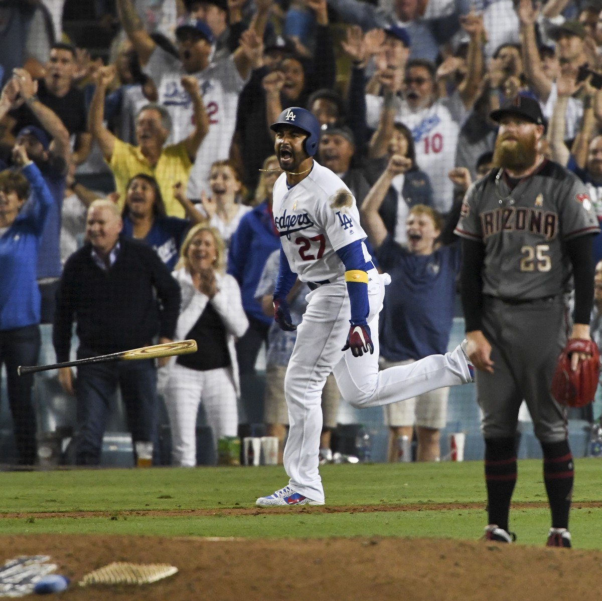 Kemp's biggest homer of the year pulls Dodgers into tie for first
