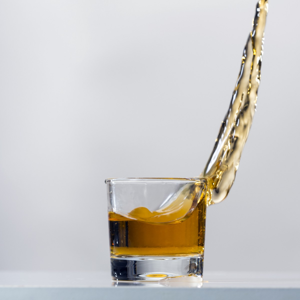 The Latest Findings on Why It's So Hard to Quit Drinking