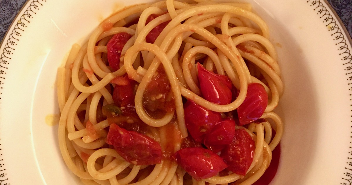 Your Best Pasta All Year May Be This Raw and Cooked Tomato Combo