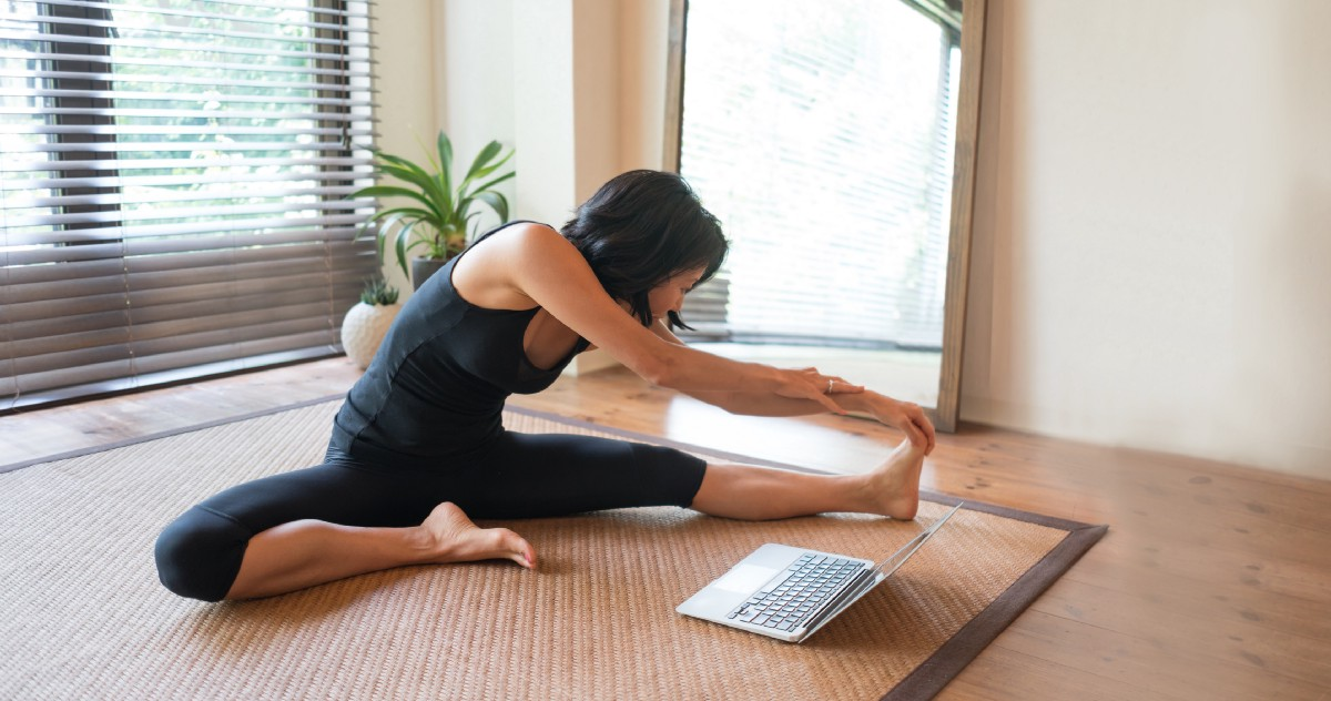 How Effective Is Youtube Yoga Here S What The Research Says About By Mariana Lenharo Elemental