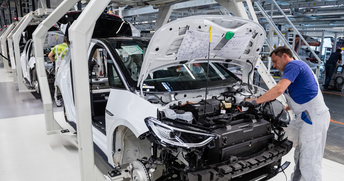 VW One-Ups Tesla With a Revolutionary Battery Breakthrough