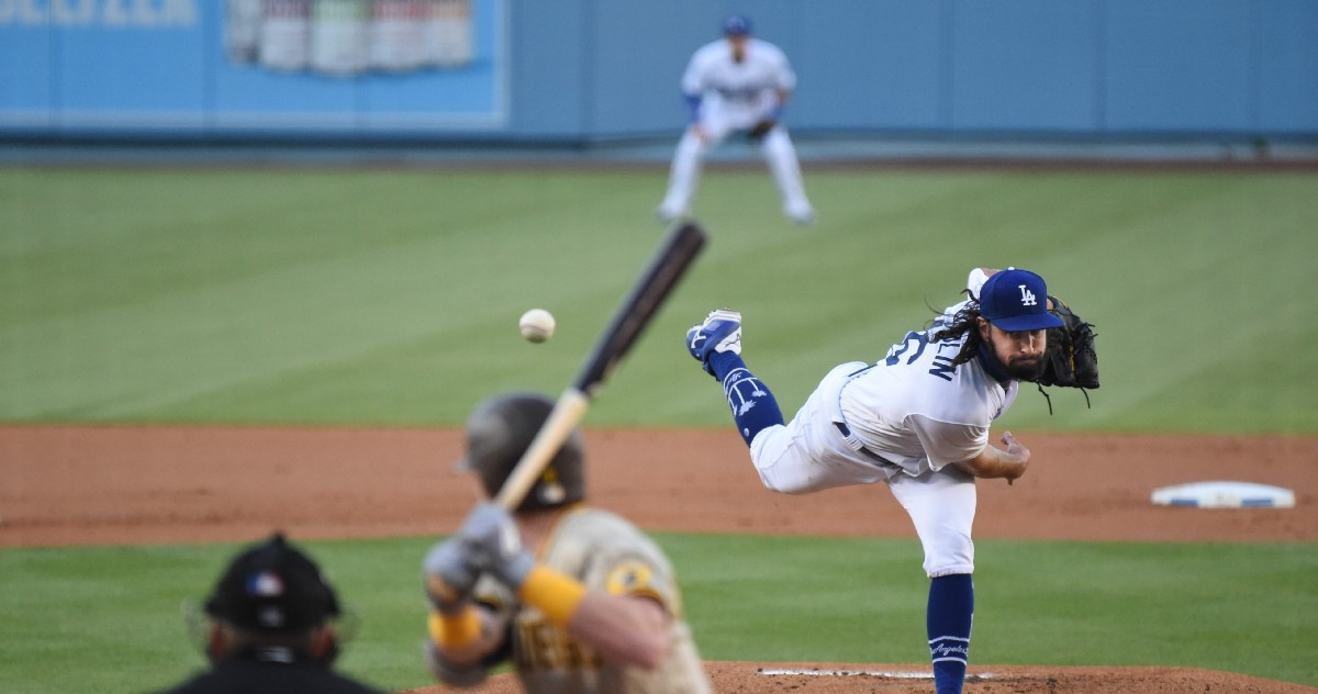 Dodgers claw back into the win column with Gonsolin and old-school offense