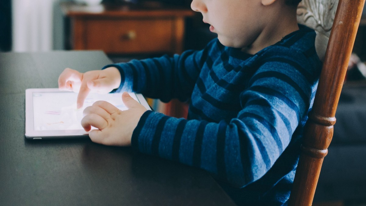 Six Screen-Time Studies That Changed My Parenting Approach