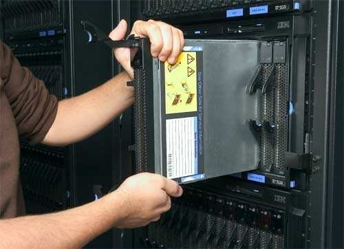Rack Server vs  Blade Server - Meela - Medium
